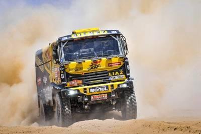 504 MACIK Marting (cze); TOMASEK Frantisek (cze); KALANKA Lukas (slo); Liaz; Big Shock Racing; Truck; Camion; action during the Dakar 2019; Stage 7; San Juan de Marcona - San Juan de Marcona; peru; on january 14 - Photo DPPI © ASO / DPPI
