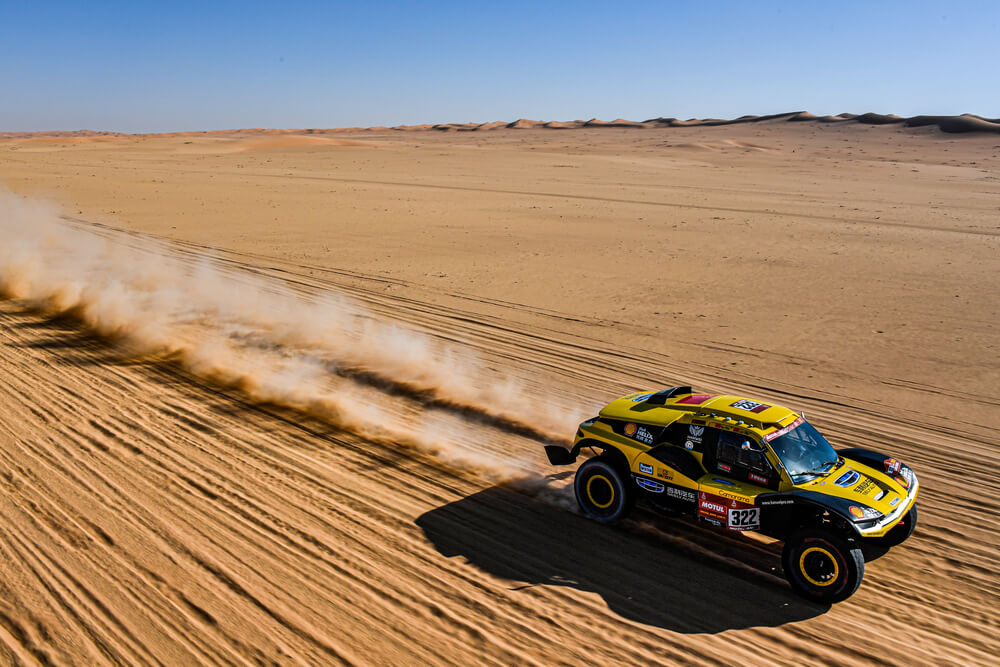 322 Han Wei (chn), Liao Min (chn), 2WD, Geely Auto Shell Lubricant Team, Auto, Car, action during Stage 7 of the Dakar 2020 between Riyadh and Wadi Al-Dawasir, 741 km - SS 546 km, in Saudi Arabia, on January 12, 2020 - Photo Eric Vargiolu / DPPI