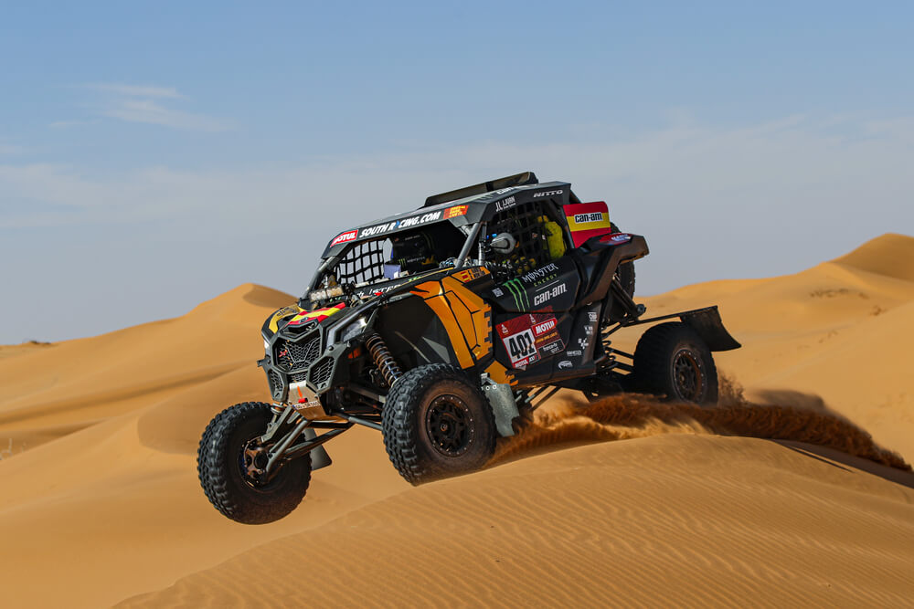 401 Farres Guell Gerard (esp), Monleon Armand (esp), Can - Am, Monster Energy Can-Am, SSV, Motul, action during Stage 7 of the Dakar 2020 between Riyadh and Wadi Al-Dawasir, 741 km - SS 546 km, in Saudi Arabia, on January 12, 2020 - Photo Florent Gooden / DPPI