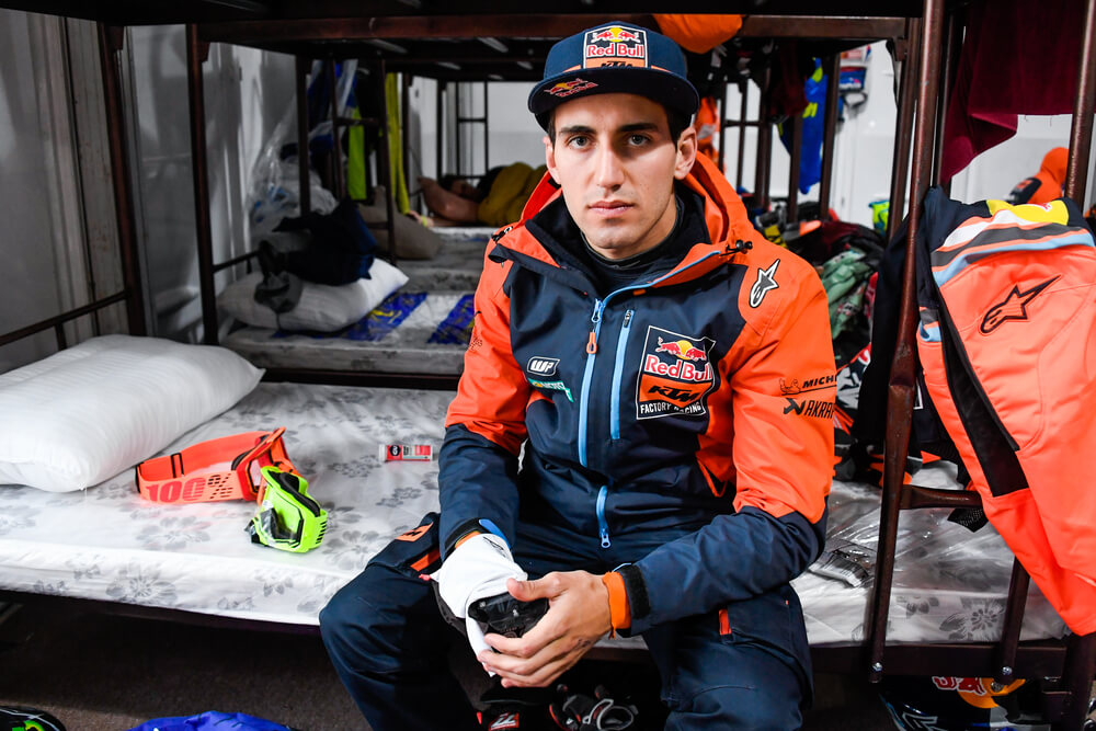 Benavides Luciano (arg), KTM, Red Bull KTM Factory Team, Moto, Bike, Motul, portrait during Stage 10 of the Dakar 2020 between Haradh and Shubaytah, 608 km - SS 534 km, in Saudi Arabia, on January 15, 2020 - Photo Eric Vargiolu / DPPI