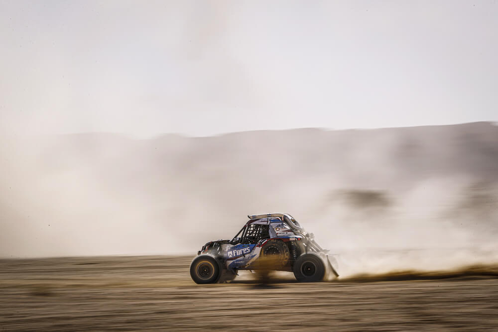 411 Kariakin Sergei (rus), Vlasiuk Anton (rus), BRP, Snag Racing Team, SSV, action during Stage 9 of the Dakar 2020 between Wadi Al-Dawasir and Haradh, 891 km - SS 415 km, in Saudi Arabia, on January 14, 2020 - Photo Frederic Le Floc'h / DPPI
