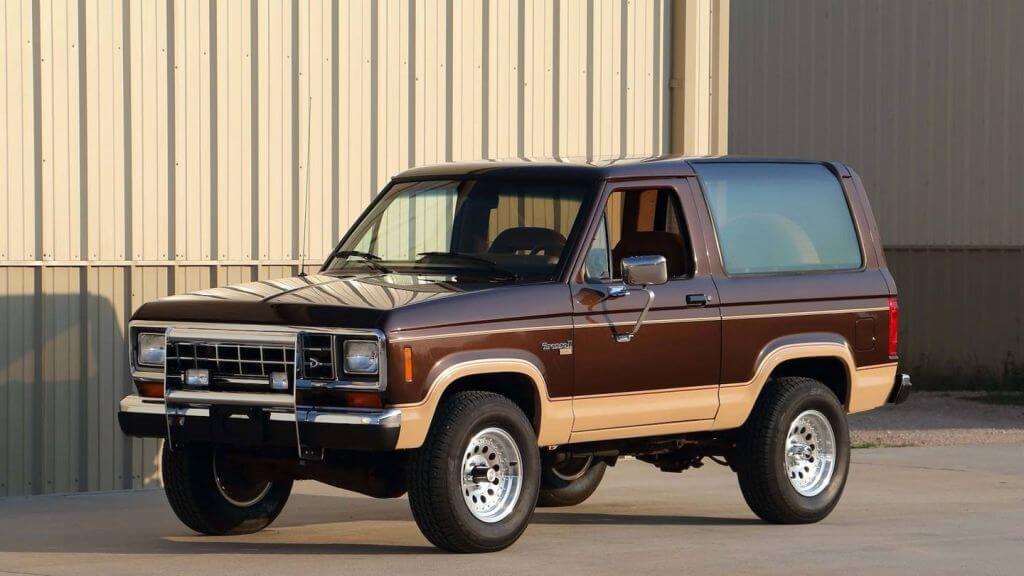 1980s-ford-bronco-stock