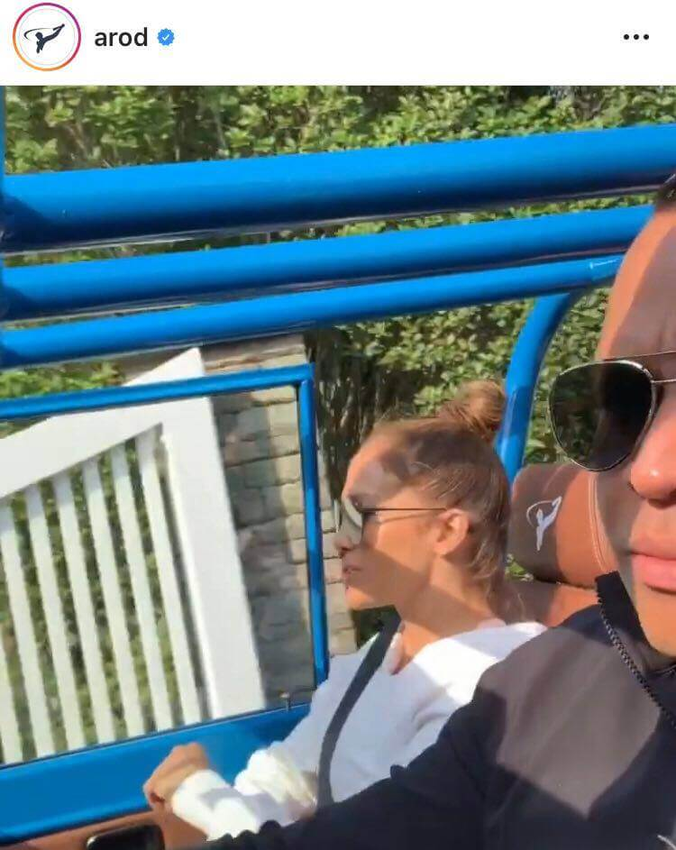 Arod_driving_ford_bronco_jennifer_lopez_driving_instagram_ig