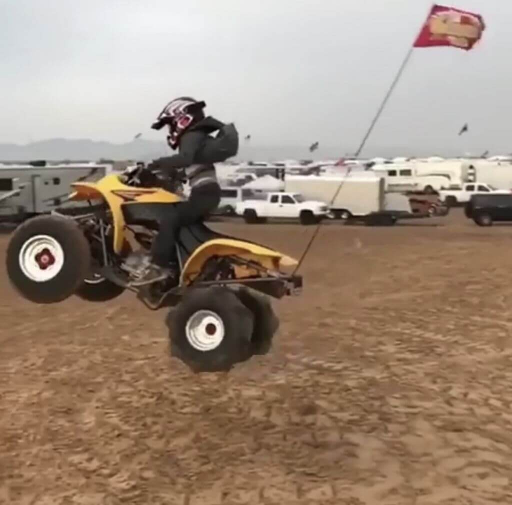 ruslan_greasehandz_off_road_racing_jumping_quad