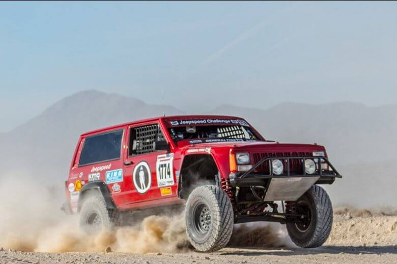Jeep speed off road racer
