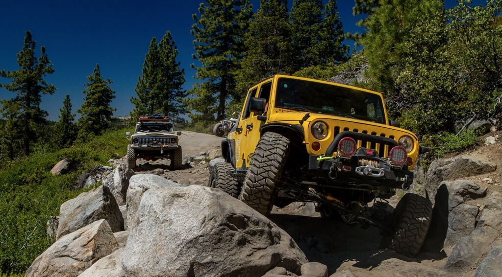 CALIFORNIA Rubicon Trail Lead off road racer