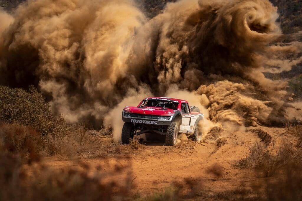 photography off road racer